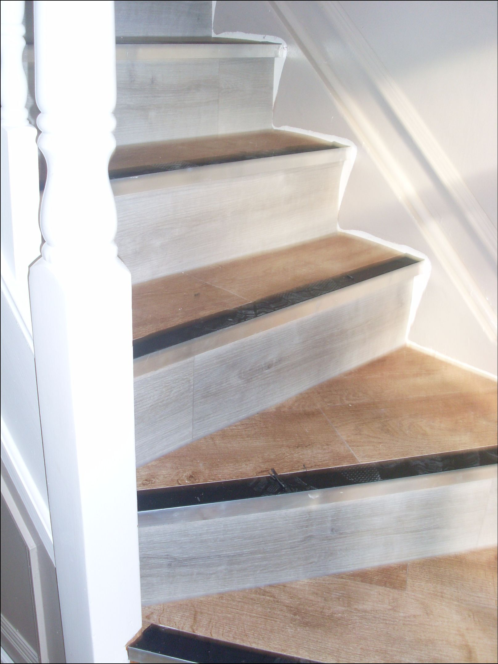 click flooring and stairs (7)