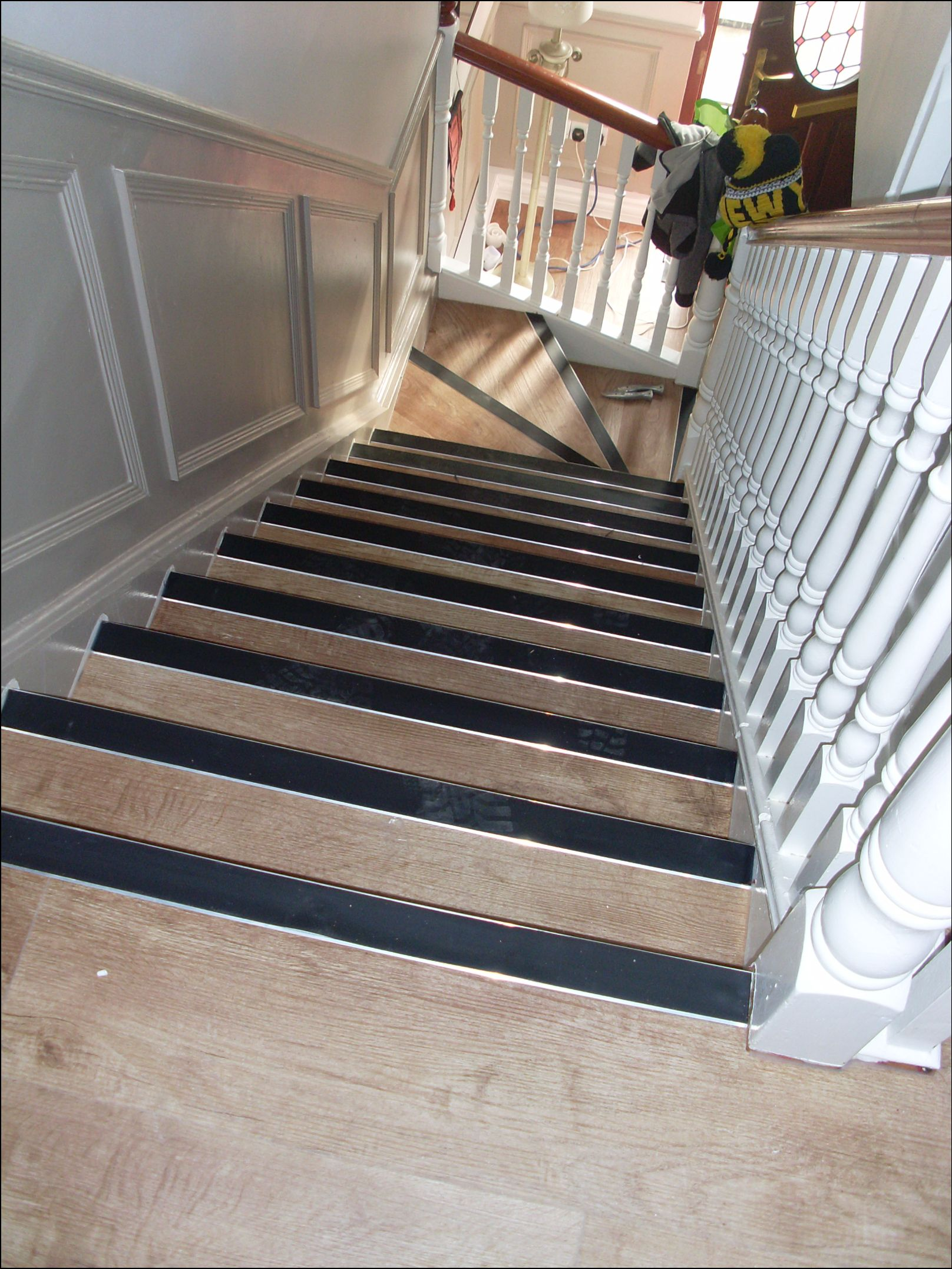 click flooring and stairs (2)